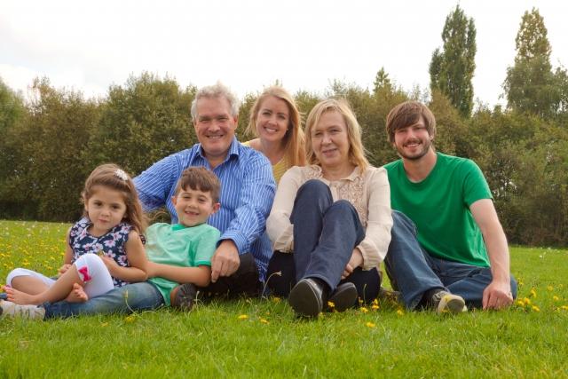 英語で家族紹介!必ず役に立つ表現と家族に関する単語集をご紹介。