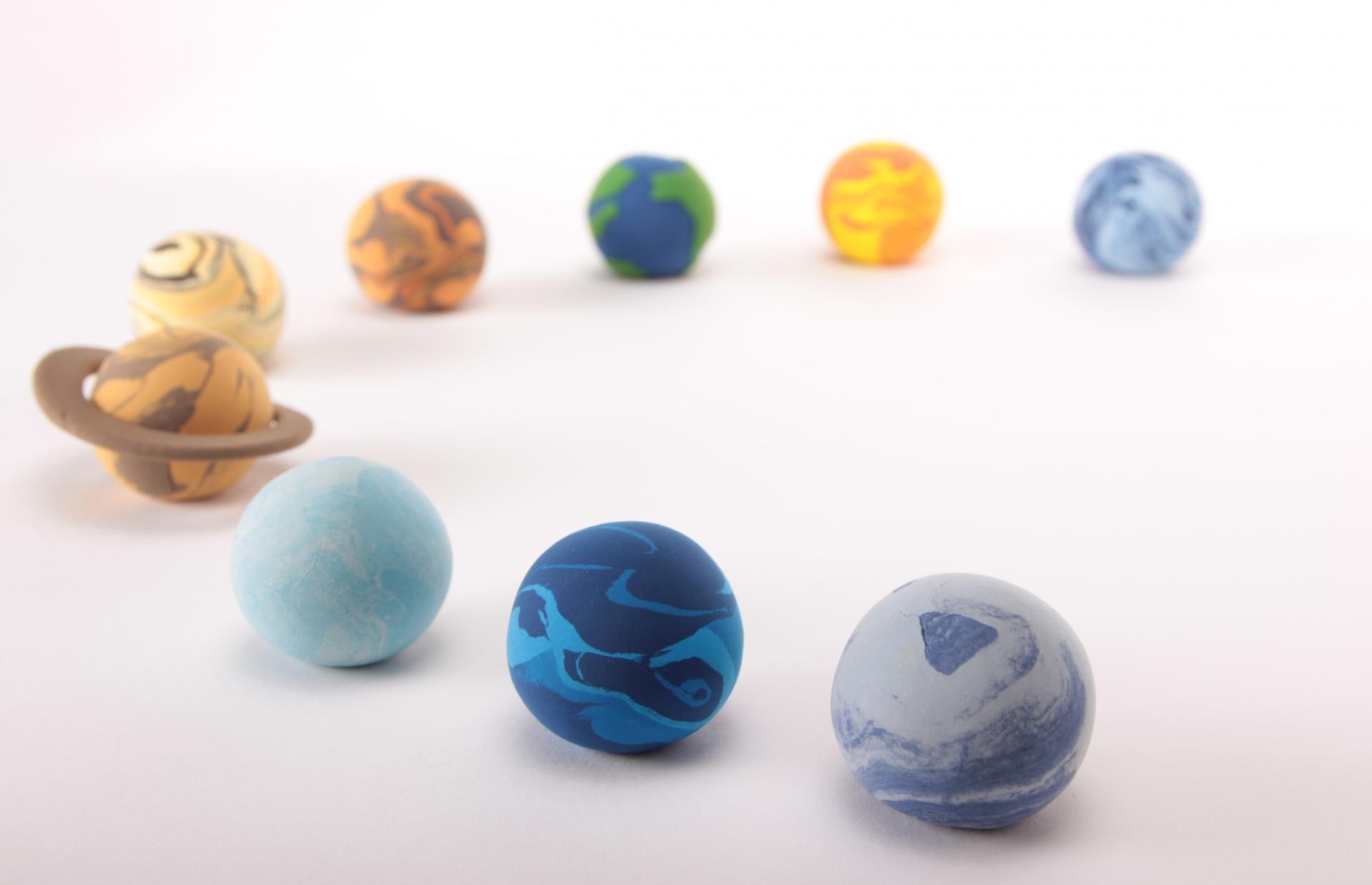 「惑星 」を英語で何と言う?太陽系の惑星の英語名と読み方。